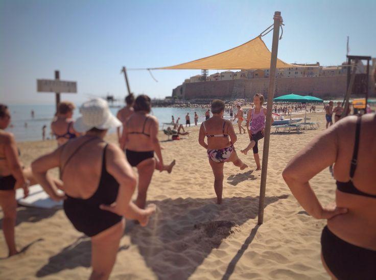 Risveglio muscolare di primo mattino #spiaggiapanfilo #termoli