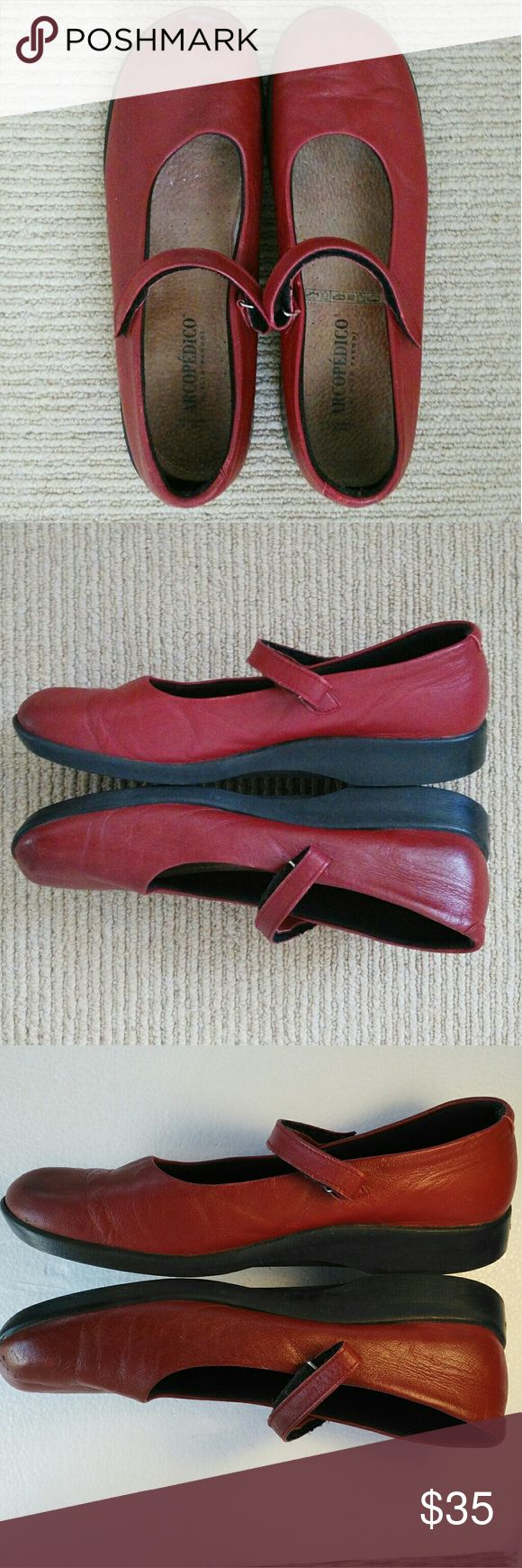 Cute Red Arcopedico Mary Jane's Sz 9 Nearly new red leather. Signature comfort. Feather light! Arcopedico Shoes Flats & Loafers