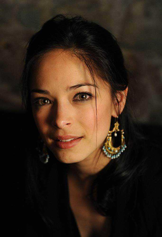 Pin By Nolan Hickman On The Beautiful Kristin Kreuk In 2019