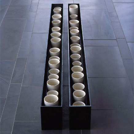 Edmund de Waal, UK - porcelain