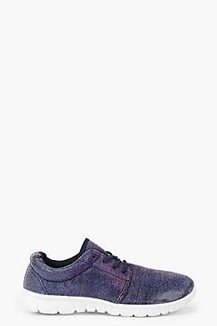 ¡Cómpralo ya!. Maisie Metallic Shimmer Trainers. Los zapatos planos salvarán cualquier lookUnos zapatos planosde versátiles combinan comodidad y modernidad, ¡maravillosos! Da igual si eres una fan de los mocasines, una chica de zapatos Oxford o te van las plataformas planas, las palabras se nos quedan cortas para describir un zapato que te llevará del día a la noche con estilo. Diviértete con unos hi-tops: combínalos con unos jeans estilo boyfriend y una chaqueta bomber y te meterás...
