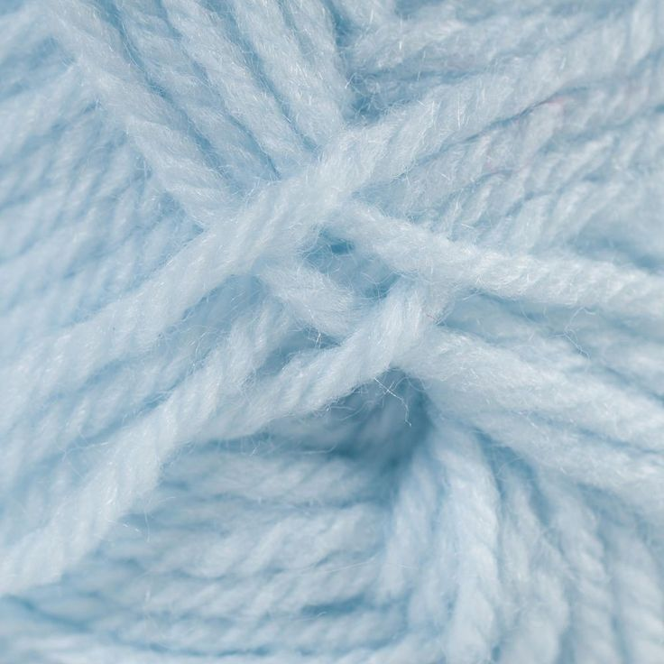 babyblue.quenalbertini: Pastel blue yarn