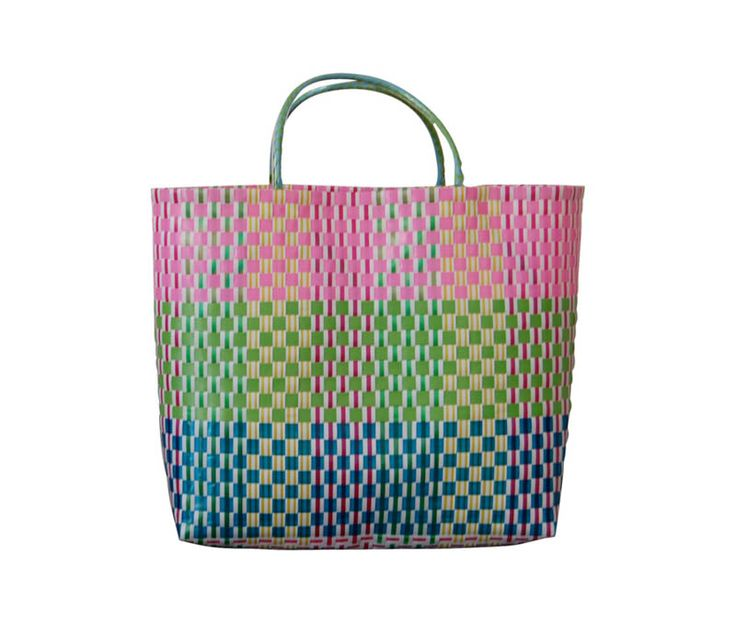 Buy beach bags online at Atticus Fox. Shop our range of beach and tote bags now.