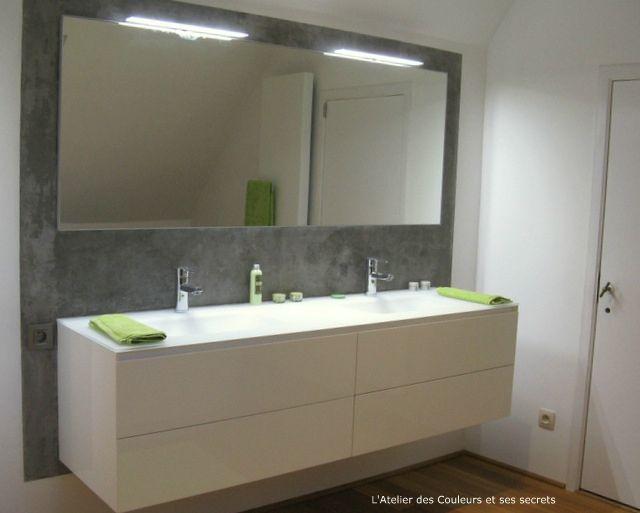 Enduit style beton lisse dans une salle de bains l - Enduit beton cire castorama ...