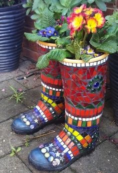 Mosaic Garden Art –                                                                                                                                                                                 More