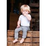 Silky Label - Babybroekjes, zachte babykleding, gemaakt van biologisch katoen! - Broekje smalle pijp - Rompertje korte mouw