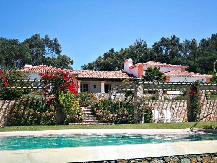 Set in the privileged environment of Malveira da Serra, just outside the cool resort town of Cascais, Villa Malveira is a modern Portuguese country house and private holiday estate, designed with flair to meet ...