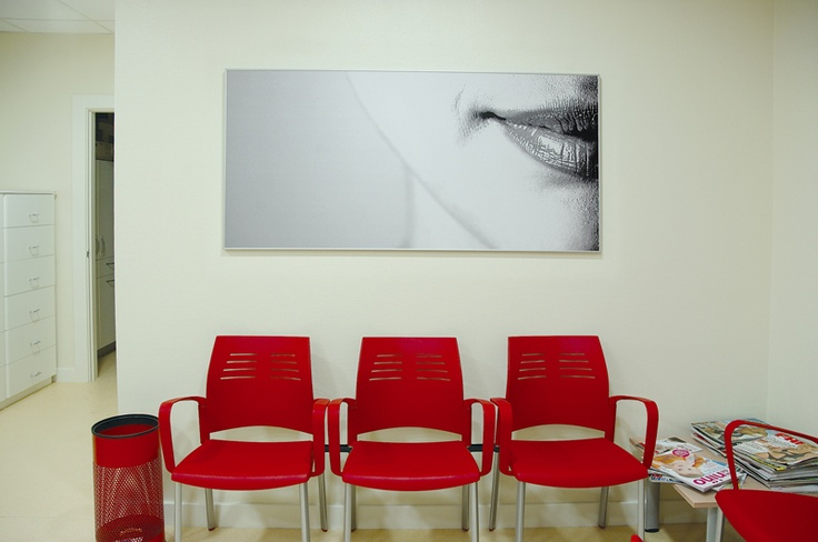 Sala de espera instalada por SpacioVeintiuno.