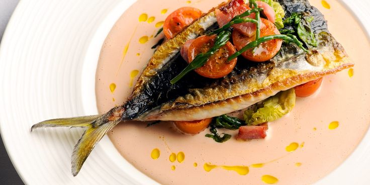 Nathan Outlaw shares his tremendous mackerel salad recipe which is served with samphire and tomatoes. This mackerel salad recipe is perfect for an alfresco meal
