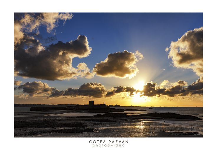 La rasarit #landscape #sunrise #photography  http://www.cotearazvan.ro/ https://www.facebook.com/cotearazvanfotograf https://www.facebook.com/fotonuntabucuresti/ http://fotografnunta.info/