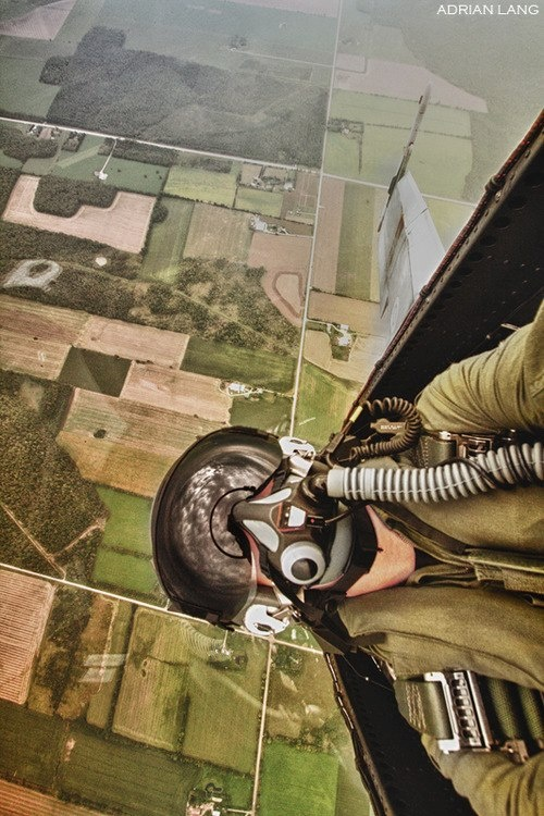 Awesome picture of a fighter pilot