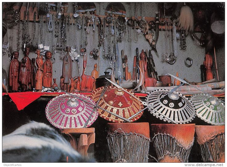 ETHIOPIE-Ethiopia Handicrafts in ADDIS ABABA´S new market (Photo Bernheim   carte vierge  (scan recto-verso) FRCR9