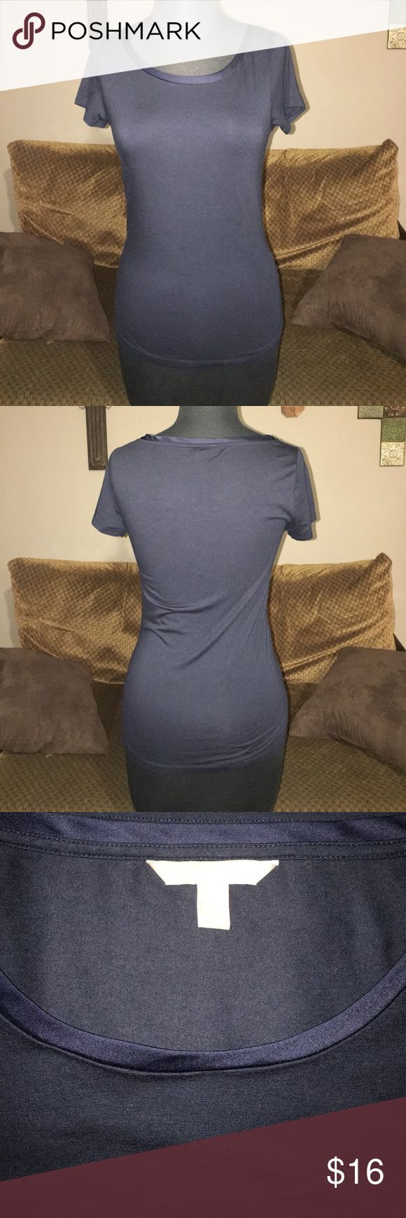 """Banana Republic Tshirt Super cute deep navy color Banana Republic Tshirt. Has a cute satin trim on the neckline to add just a little pizazz. Size small measures 16"""" armpit to armpit and 24"""" long from shoulder to bottom laying flat Banana Republic Tops Tees - Short Sleeve"""