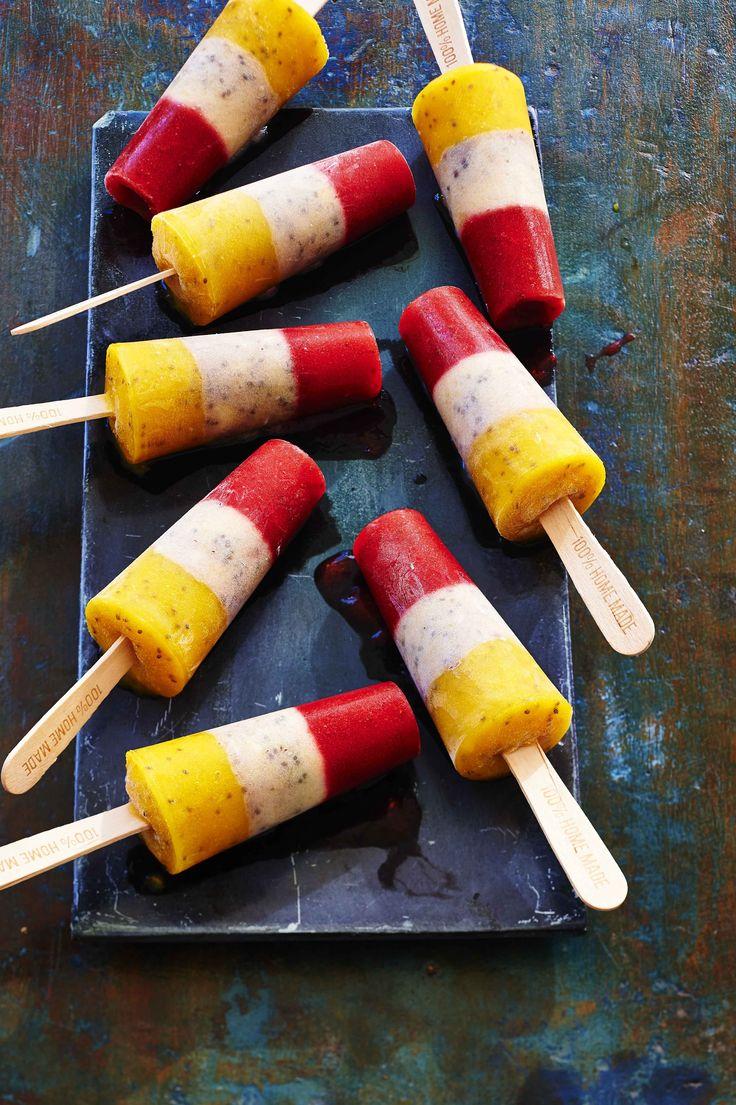 Deze ice pops zien er niet alleen very cute uit, ze zijn ook nog eens hartstikke goed voor je. Met chiazaad en veel vers fruit. Hier mijn recept...