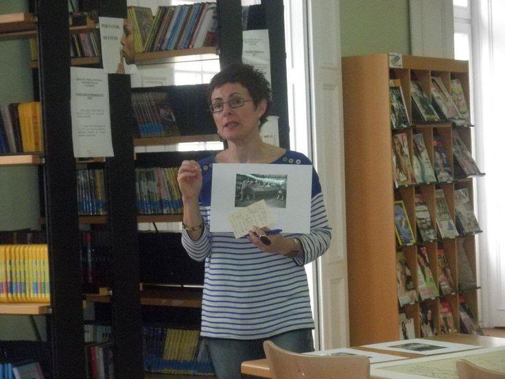 """Manuela Busto. Biblioteca Castropol. Accésit """"Biblioteca Pública y Compromiso Social"""" #PremioBiblioSocial @manubusto"""