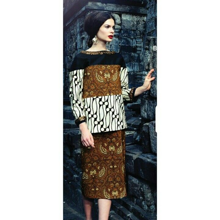 Danar Hadi batik collection.
