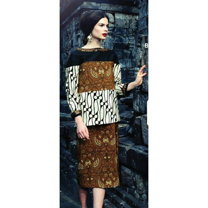 Danar Hadi batik collection.