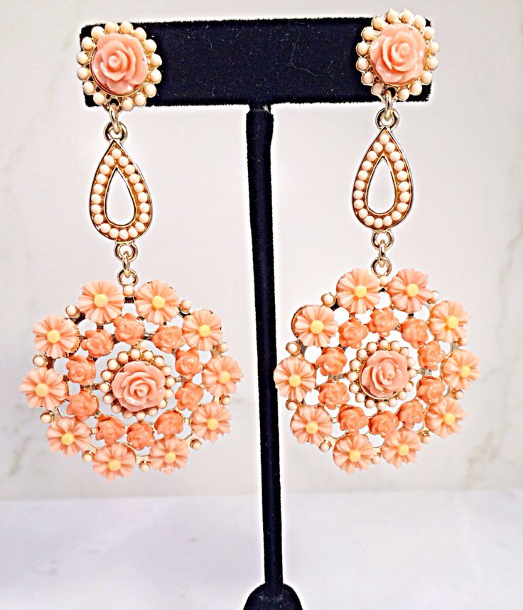 Check out this beautiful floral earrings @Phancystore.com.com.com #fashion#earrings#jewrlry