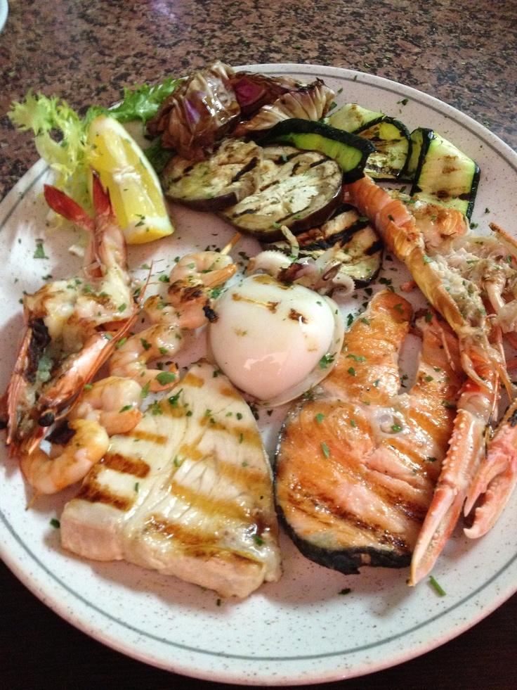 Misto di pesce alla griglia