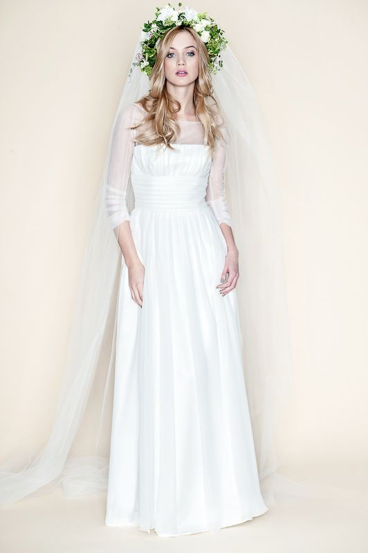 Suknia Ślubna z Marszczeniami
