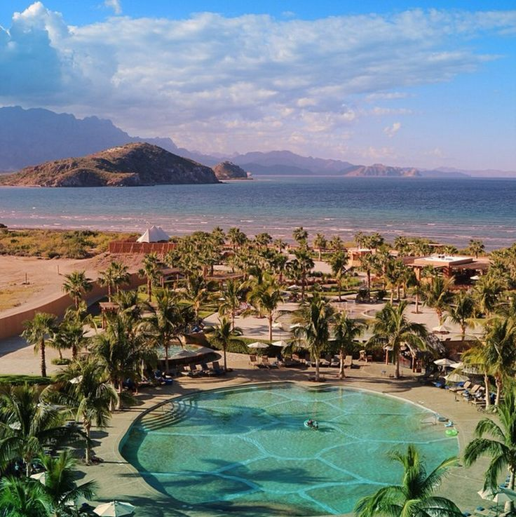 Hot! The Hidden Oasis of Loreto, Mexico (Photos) via @TravelBreak