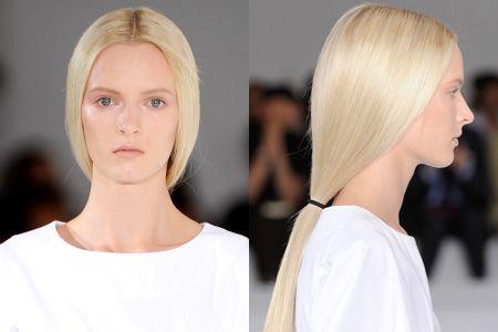 Lower-than-low ponytails at Jil Sander