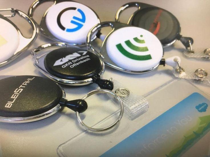 Badgeholder bedruckt mit Ihrem Firmenlogo gibts es bei  identmarket #badgeholder #ausweishalter #jojo #werbeartikel