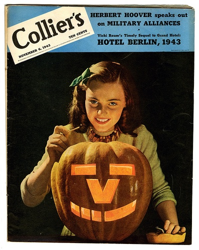 The hope of Victory shines even during Halloween. #vintage #Halloween #1940s #WW2