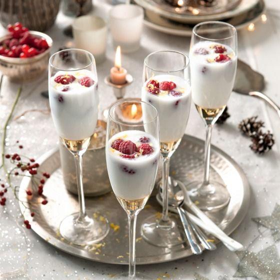 Deze sorbetdesserts zien er zo feestelijk uit in champagneglazen! #kerst #dessert #JumboSupermarkten