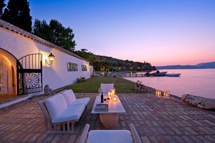 Happy hour in Waterfront Villa in Corfu