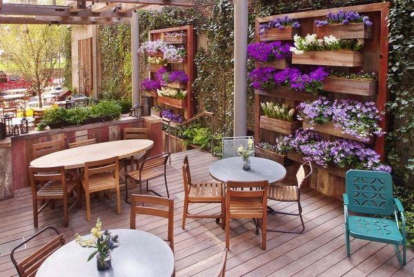 Decoración de jardines con flores