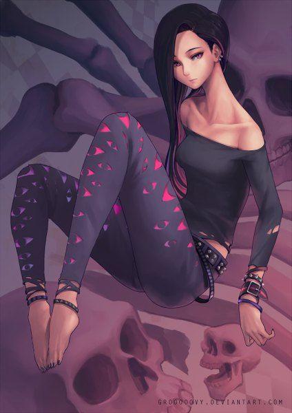 Anime 905x1280 con oopartz originales (grooooovy) pelo largo sola imagen de altura mirando hombros desnudos visor de pelo negro pelo rosa sentado ojos rosados firmó descalzo uñas clavícula polaco rodilla doblada (rodillas) ropa rasgada sin zapatos bicolor perforación pelo