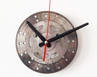 VENTE  horloge murale  disque de frein 24 / 50 % de