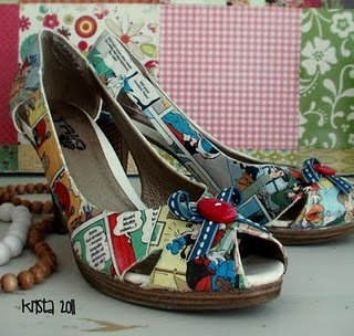 DIY shoes: Diy Shoes, Fun Shoes, Comic Shoes, Shoes Things, Celebs Photo, Shoes Clothing, Comic Books Shoes Diy, Refashion Shoes, Paintings Shoes