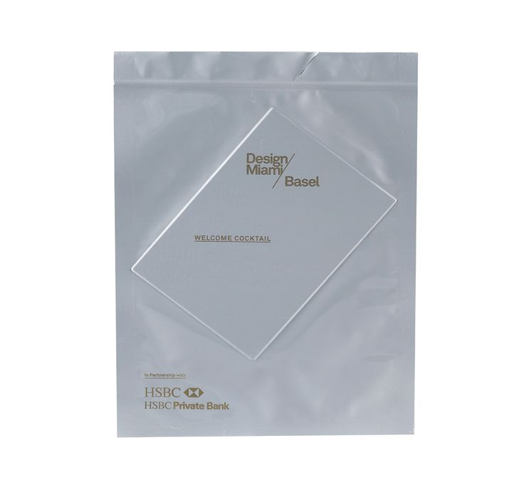 Title:      Vac pack envelope  Client:      MadeThought  Materials:      White gloss vac grade   Processes:      Screen print, hand seal