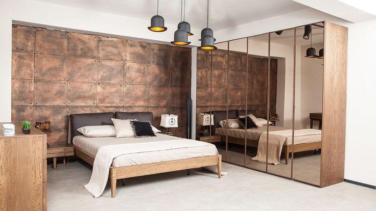 2017 vanessa yatak odası takımları mükemmel renk, desen ve tasarımlardan oluşmaktadır diyebiliriz. Özellikle de yeşil, kahve, mavi ve krem tonlarının ağırlıklı olduğu modeller ile yatak odalarınızda mükemmeli yakalayabilirsiniz. Kaliteli ve fonksiyonel olarak üretilen birbirinden özel koleksiyonlar için ömürlük diyebiliriz. Sıradan modellerden sıkılarak kalite arayanlar, yeni evlenenler veya evini yenileyenler vanessa yatak oda modelleri incelemesi yapmadan yatak odası dekorasyonu…