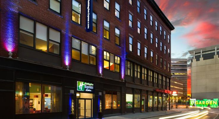 Holiday Inn Express Hotel and Suites Boston TD Garden Boston Located in downtown Boston, Massachusetts, this hotel is across from the North Subway Station and TD Garden Arena. It features a 24-hour gym and contemporary rooms with free Wi-Fi.