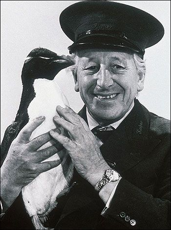 Johnny Morris - a zookeeper from TV in 60-70's on TV. How l would love to see him again and chat in 'Animal' voices at the dinner table.... Yeah ok ok ok!
