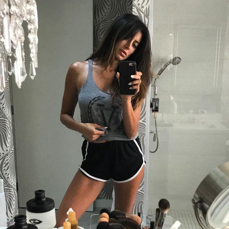 Noureen Dewulf Instagram