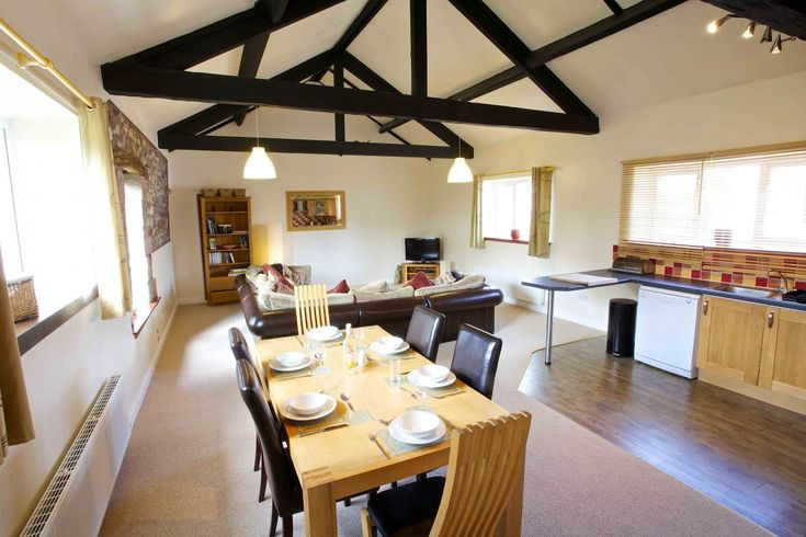 https://www.aroundaboutbritain.co.uk. Cragside Holiday Cottage. Troutbeck. Penrith. Cumbria. England. UK. Travel. Stay. Self Catering. Holiday. Family. Golf.