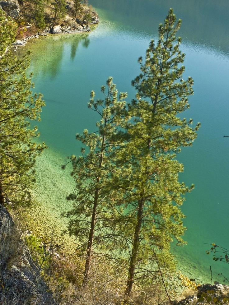 Beautiful Kalamalka Lake   Photo courtesy: Helene Clarke.