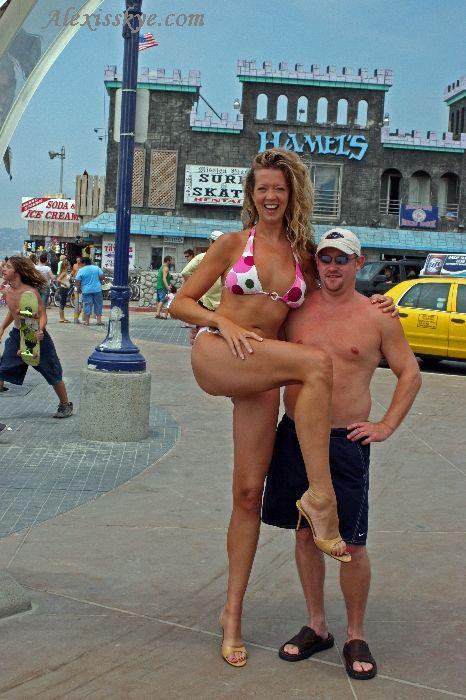 Hot porno tall girl ass