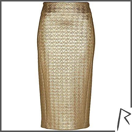 #RIHpintowin #RihannaforRiverIsland Gold Rihanna embossed zip pencil skirt. #RIHpintowin click here for more details >  http://www.pinterest.com/pin/115334440431063974/