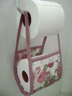 Porta Papel-higiênico Rosa - feito com a coleção 011 - Floral da Tecidos Fabricart