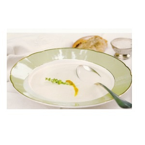 Cauliflower-soup-with-truffle-oil  http://gingko.co.za/my_portfolio/cauliflower-soup-with-truffle-oil/