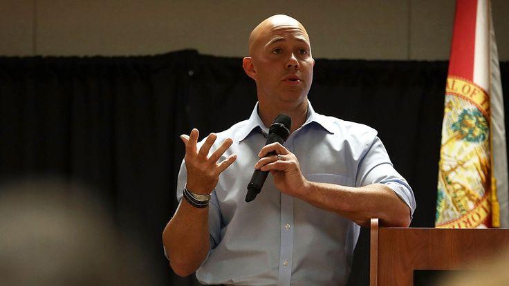 Republican Florida Congressman and Gun Owner Pens NYT Op-Ed Calling for Ban on Assault Weapon Sales – KTLA