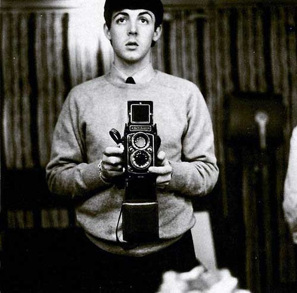 1960's : Paul Mc Cartney selfie