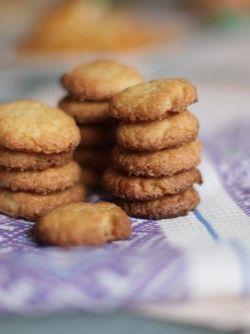 Нежное песочное печенье: Рекомендую всем попробовать самые вкусные нежные классические песочные печенья. Самый простой рецепт...