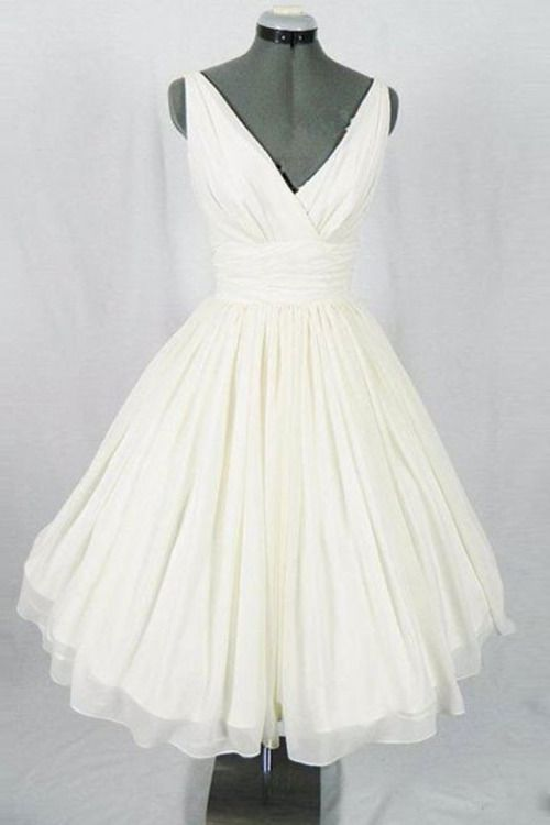 Elegant v-neck white chiffon vintage prom dress, ball gown, short dress for prom 2017