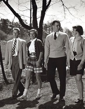 women's clothing 1950s | the 1950s, Vassar had become an icon of women's collegiate fashion ...